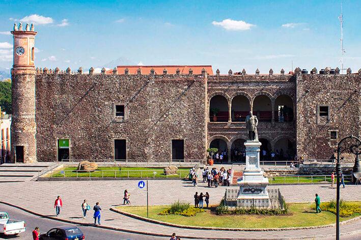 palacio de cortes cuernavaca mexico mitiquete