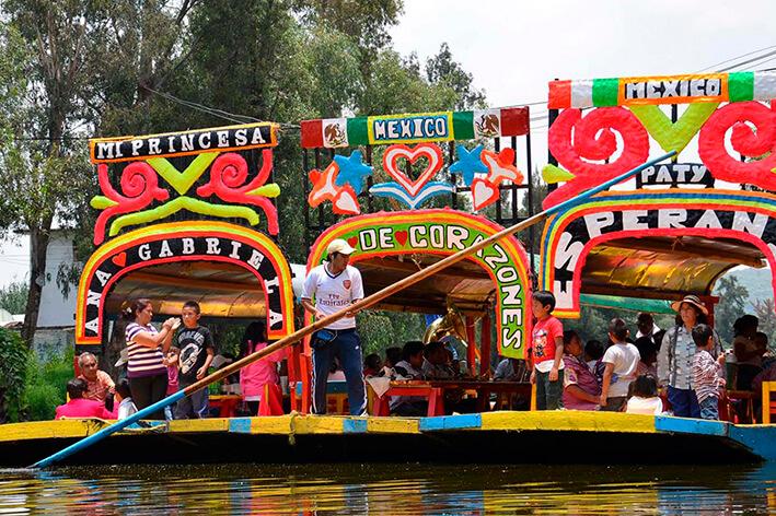 xochimilco mexico mitiquete